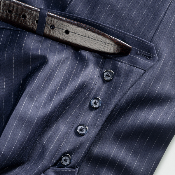 Pantalon avec boutons
